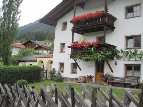 Hotelbilleder: Haus Call, Telfes im Stubai
