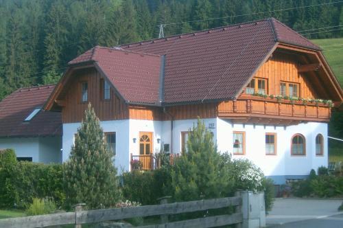 Hotelbilleder: Haus Brandl, Sankt Georgen ob Murau