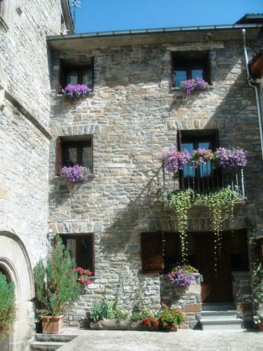 Hotel Pictures: La Corralata, Biescas