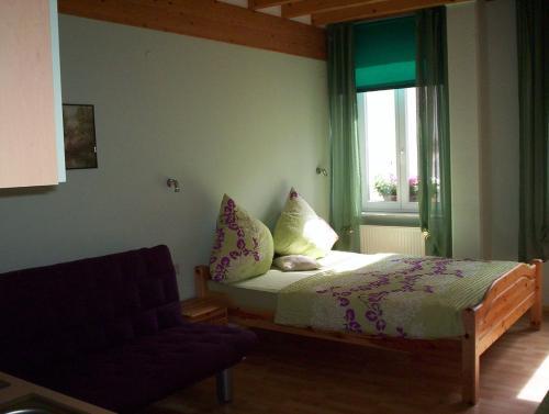 Hotel Pictures: , Dernbach