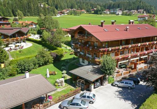 Hotel Pictures: Frühstückshotel Margret, Maurach