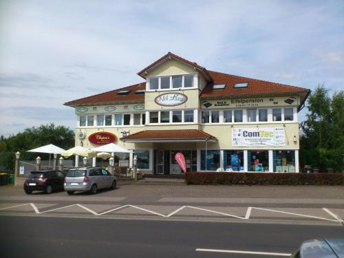Hotel Pictures: Eifel - Pension, Kall