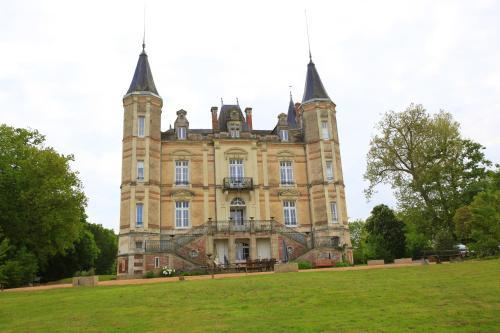 Chateau De La Moriniere
