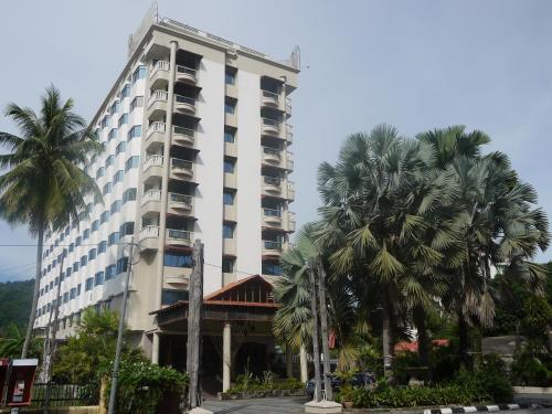 Eagle Bay Hotel