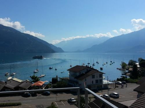 Hotel Pictures: , Faulensee