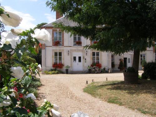 Hotel Pictures: Villa des Bordes, Cléry-Saint-André