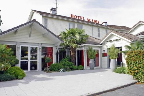 Hotel Pictures: Inter-Hotel Acadie, Tremblay En France