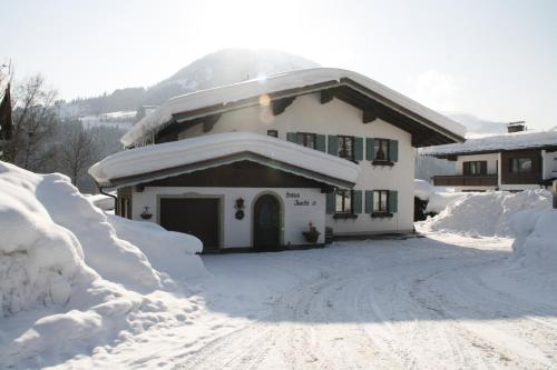 Haus Joschi
