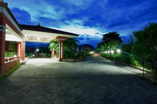Hotel Pokhara Grande