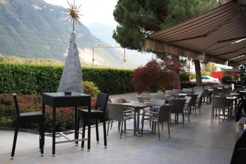 Hotel Pictures: , Saint-Léonard
