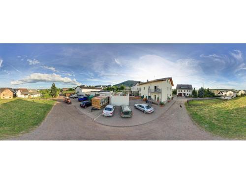 Hotel Pictures: Gästehaus Marietta, Osann-Monzel