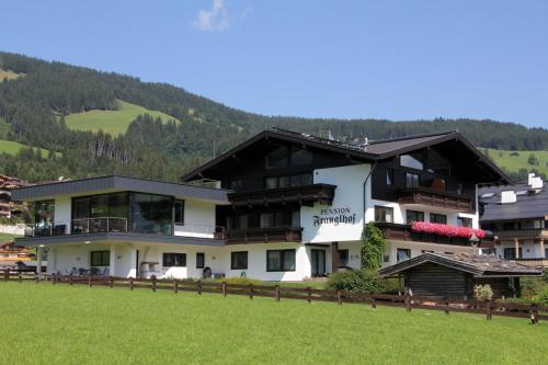 Maisons d 39 h tes kirchberg in tirol chambres d 39 h tes for Appart hotel irlande
