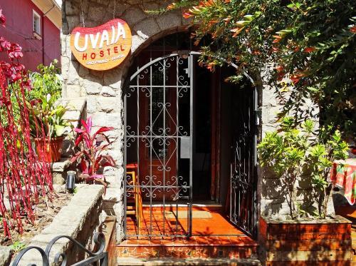 Uvaia Hostel