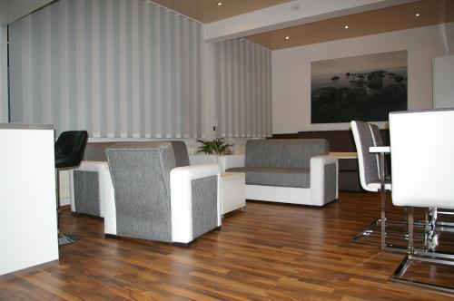 Hotel Pictures: Apartments 4rent, Fürth