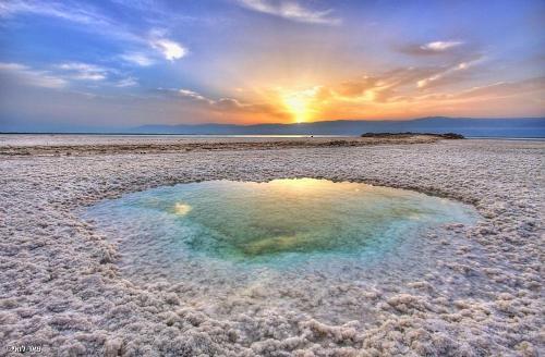 Dead Sea Rooms -Neve Zohar