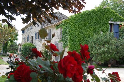 Hotel Pictures: , Chantemerle-lès-Grignan