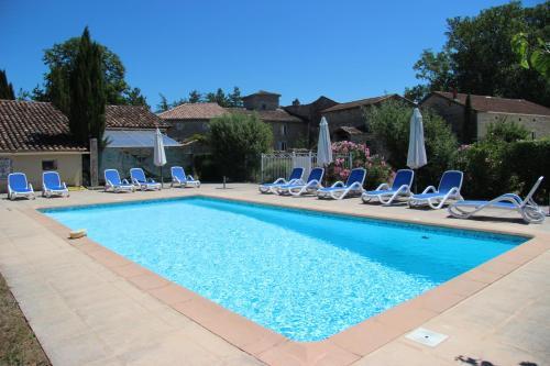 Hotel Pictures: Ferme de Bournet, Grospierres