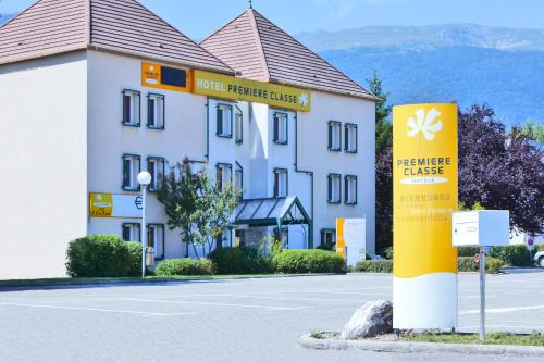 Hotel Pictures: , Saint-Genis-Pouilly