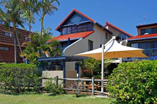 Фотографии отеля: Byron Bay Beachfront Apartments, Байрон-Бей