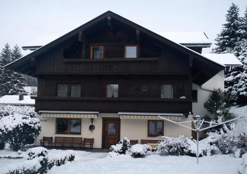 Hotellikuvia: Haus Luzia, Reith im Alpbachtal