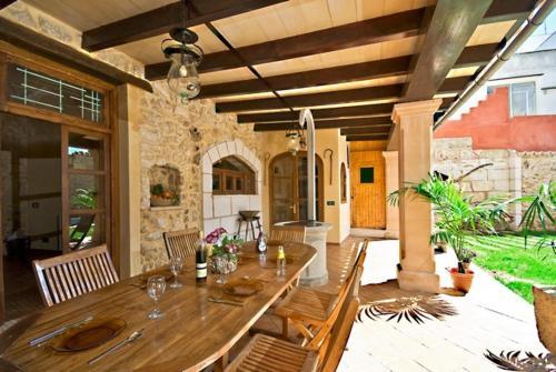 Hotel Pictures: Villa Can Bassa Muro, Muro