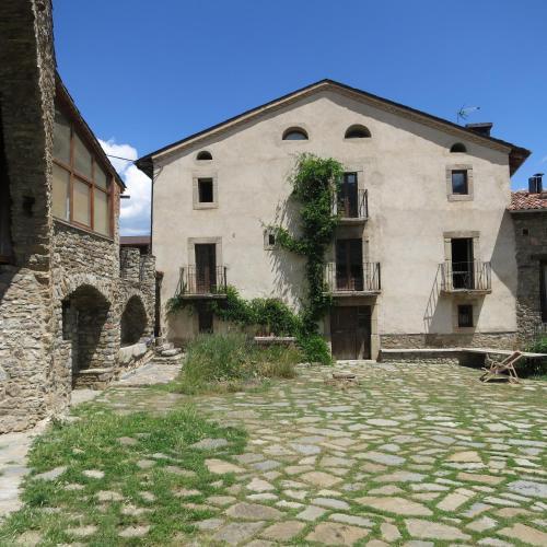 Hotel Pictures: Cal Calsot Casa Rural, Montellá