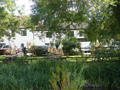Hotel Pictures: The Swan at Stoford, Salisbury