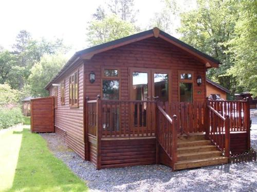 Charlie's Lodge