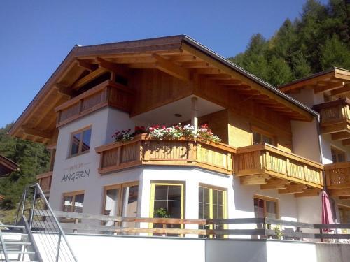 Hotel Pictures: Pension Angern, Obergurgl