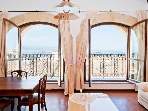 Buena Vista Apartments and Rooms