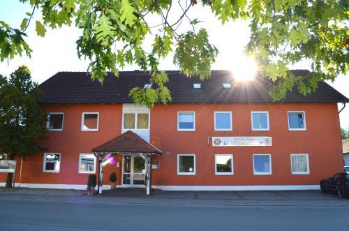 Hotel Pictures: , Buch am Erlbach