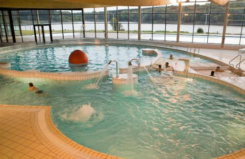 Hotel Pictures: , Eppe-Sauvage