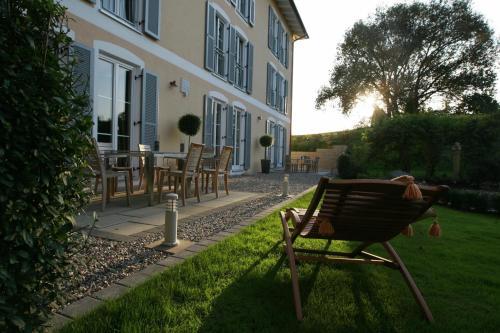 Hotel Pictures: , Fahrenzhausen