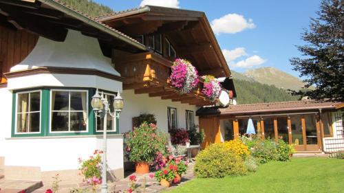 Hotellikuvia: Ferienwohnungen Drexel, Elbigenalp