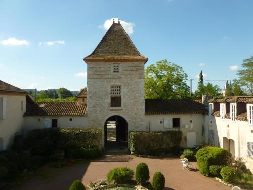 Hotel Pictures: Le Prince Noir, Sérignac-sur-Garonne