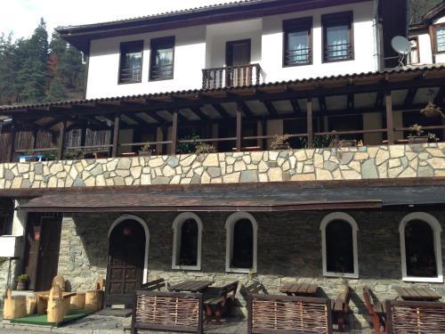 Foto Hotel: Zgurovskata Guest House, Shiroka Lŭka