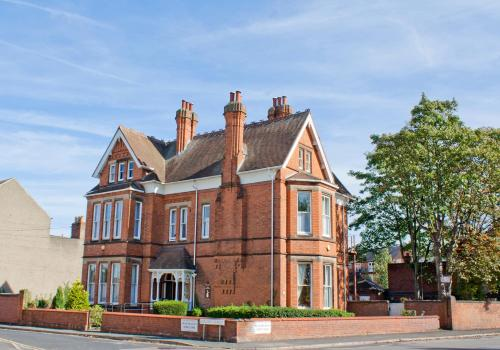 Hotel Pictures: Holywell House, Loughborough