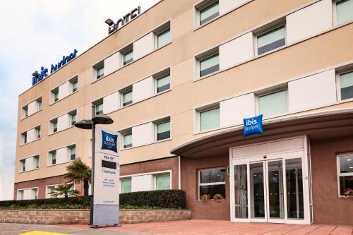 Hotel Pictures: , Sant Andreu de la Barca