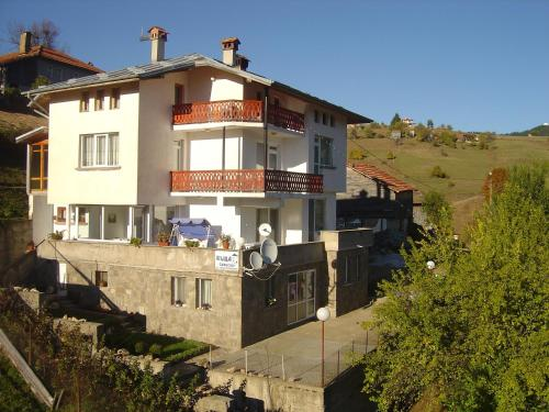 Hotel Pictures: Guest House Sarievi, Progled