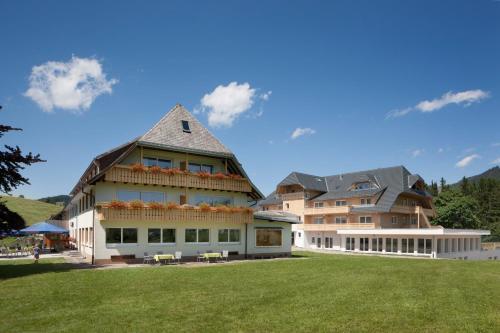 Hotel Pictures: Hotel Rössle, Bernau im Schwarzwald