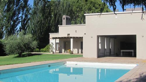 Foto Hotel: Querencia Lodge Lunlunta, Bajo Lunlunta