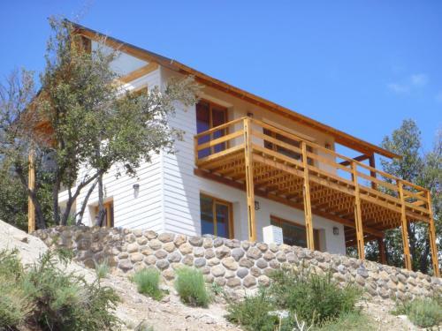 Hotel Pictures: La Patagonia Secreta, Villa Pehuenia