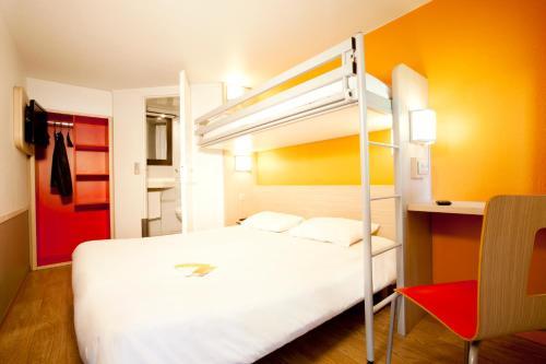 Hotel Pictures: Premiere Classe Villepinte - Parc des Expositions, Villepinte