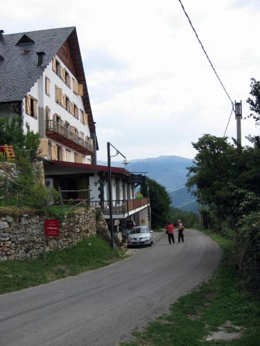 Hotel Pictures: Hotel Terralta, Campelles