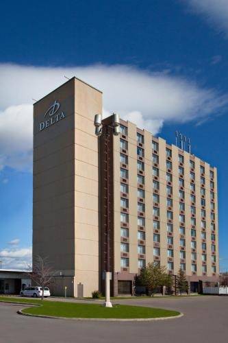 Hotel Pictures: Delta Hotels by Marriott Saguenay Conference Centre, Saguenay
