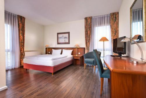 Hotel Pictures: Wyndham Garden Hennigsdorf Berlin, Hennigsdorf