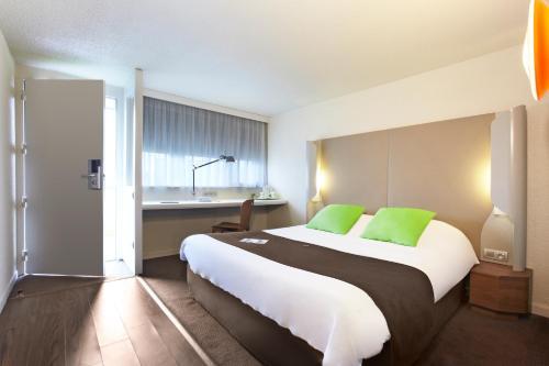 Hotel Pictures: , Franqueville-Saint-Pierre