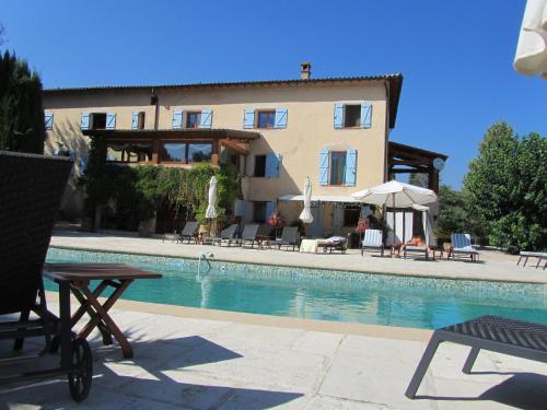 Hotel Pictures: Le Mas Shabanou, Roquefort-les-Pins