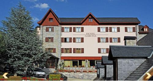 Hotel Pictures: Hotel Garona, Salardú