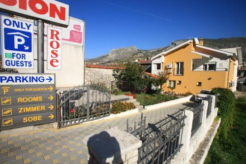 Hotelbilleder: Pansion Rose, Mostar